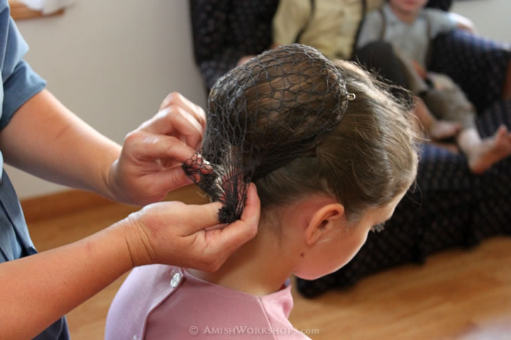 How Amish Women Pin Up Their Hair Amish Workshops