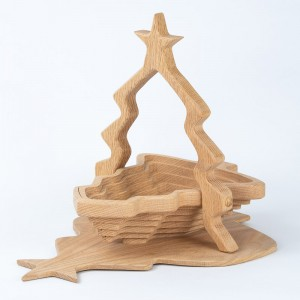 collapsible-basket-oak-christmas-tree
