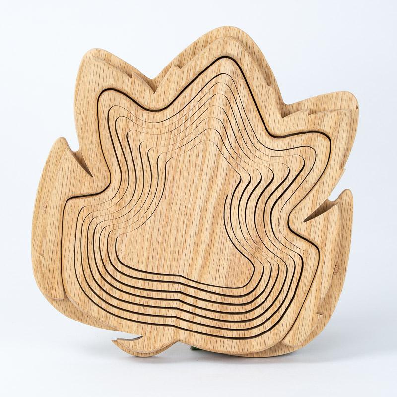 collapsible-basket-oak-leaf