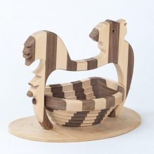 collapsible-basket-maple-walnut-chicken