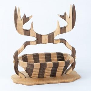 collapsible-basket-maple-walnut-deer-antlers