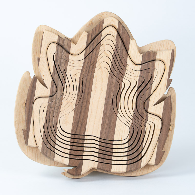 collapsible-basket-maple-walnut-maple-leaf
