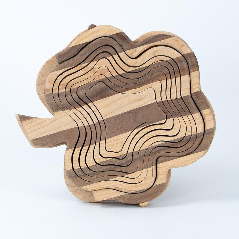 collapsible-basket-maple-walnut-shamrock
