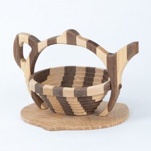 collapsible-basket-maple-walnut-teapot